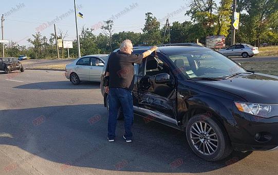 ДТП в Бердянске: ВАЗ-2101 протаранил «Mitsubishi»
