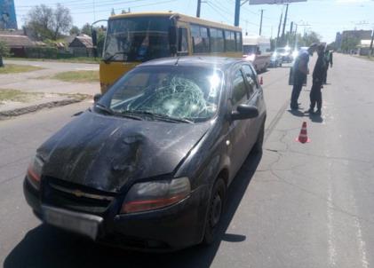 В Мелитополе 2 женщины попали под колеса CHEVROLET Aveo