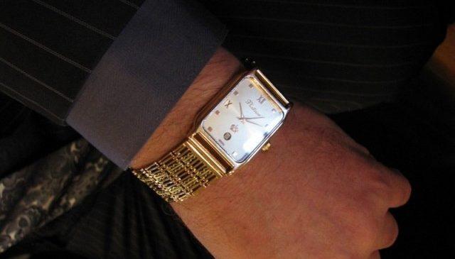 Украинские депутаты предпочитают часы швейцарских брендов