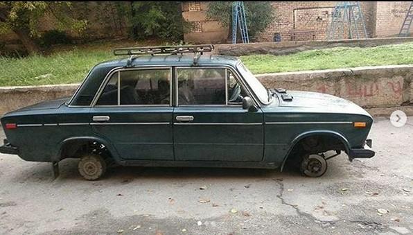 В Запорожье украли 4 колеса с ВАЗ-2106