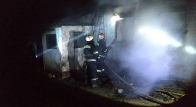 Пожар в Великой Знаменке: погибли трое детей 2, 4 и 6 лет