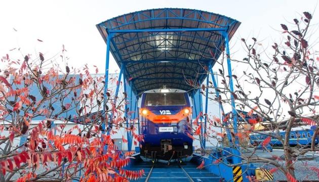 Локомотив «Тризуб» от General Electric отправляется в тестовый рейс