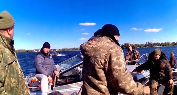 Брыль: В деле с перевернувшимся катером запорожского рыбоохранного патруля подозреваемых нет