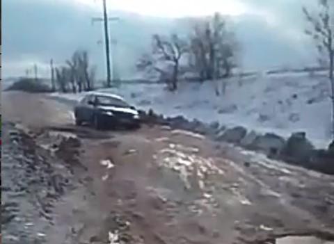 В сеть попало видео состояния дороги Бердянск — Куйбышево
