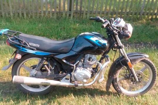 В Приазовье пьяный подросток гонял по селу на мотоцикле