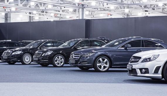 Запорожские владельцы элитных автомобилей заплатили 1,3 миллиона налогов