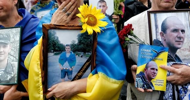 Семьям погибших в АТО военнослужащих в Запорожье выплатят по 8000 гривен
