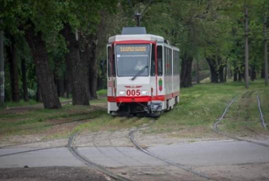 На линию вышел еще один запорожский трамвай