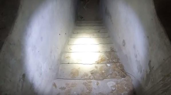 Мелитопольские экстремалы нашли старое бомбоубежище на железнодорожном вокзале